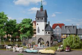 Auhagen 12342 Городская башня с воротами