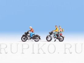 Noch 15904 Мотоциклисты на мотоциклах